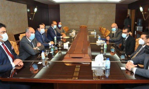 الاتصالات الدولية الليبية تبحث مع المصرية للاتصالات التعاون في الخدمات الدولية